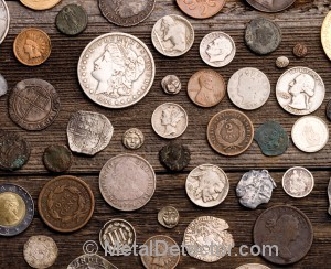 metal detector finds coins